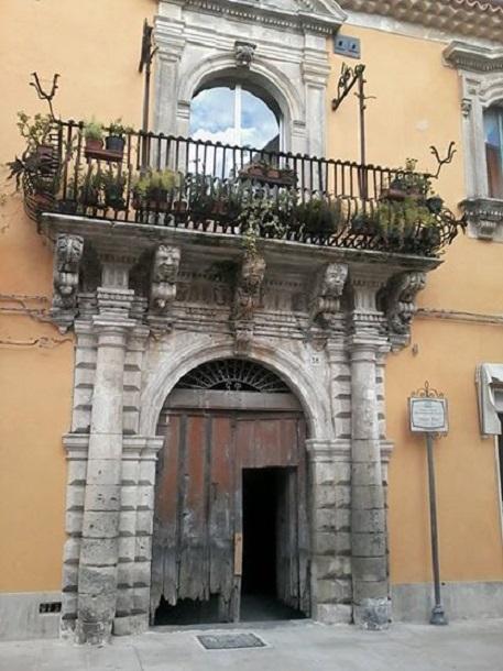palazzo palazzolo