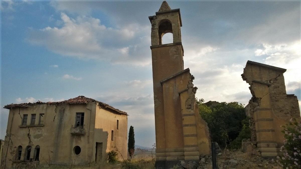 borgo giuliano paese fantasma sicilia