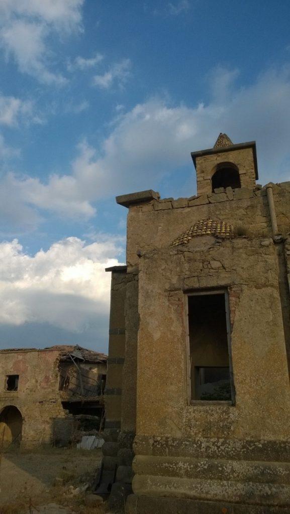 paese fantasma sicilia i diari della caponata
